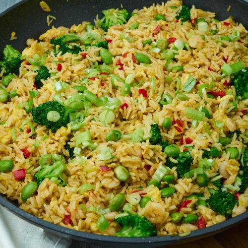 Stegte ris med rejer - Nem opskrift på aftensmad med rejer ris og broccoli - Nem sund og billig aftensmad